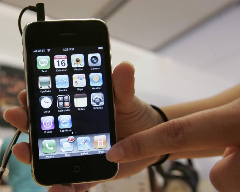 """10 años del iPhone: Diez años del iPhone, el móvil que nació con el objetivo de """"hacer historia"""""""