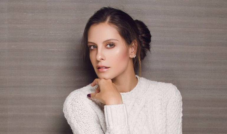 Laura Acuña se cortó el cabello: [Fotos] Laura Acuña inicia año con nuevo look