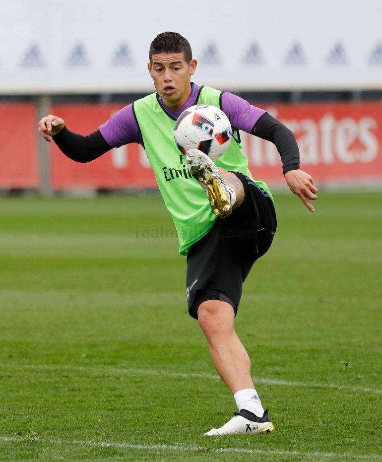 James continúa en recuperación y no irá ante Sevilla