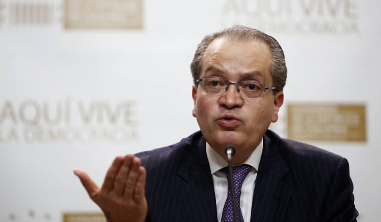 Fernando Carrillo.