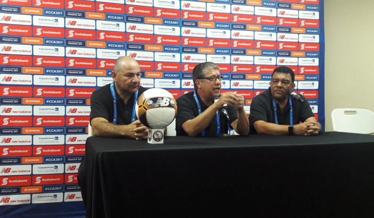 Copa Centroamericana 'Bolillo' Gómez: No les voy a dar mi plata: 'Bolillo' Gómez se encara con la prensa panameña