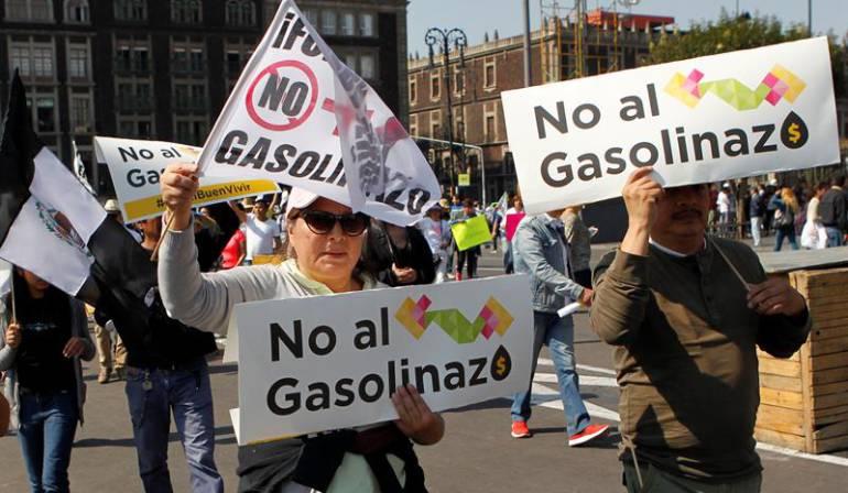 Protesta de combustible en México: Protestan en México contra alza del precio de gasolinas y contra el Gobierno