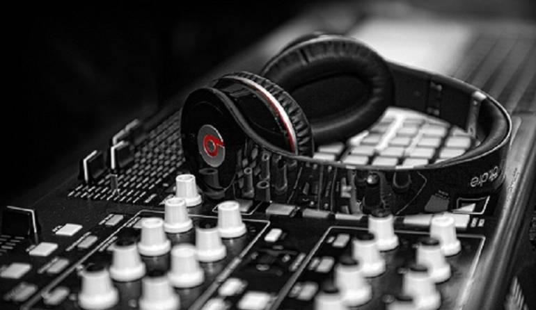 Auriculares inalámbricos: Tres ventajas y desventajas de los auriculares inalámbricos