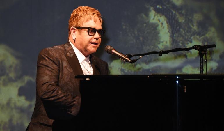 "Musical de Elton John: Elton John trabaja en musical de ""The Devil Wears Prada"""
