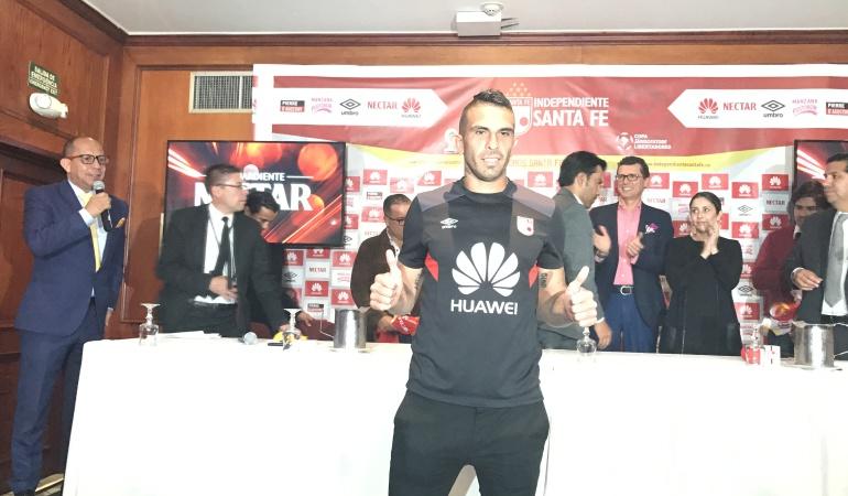 Denis Stracqualursi: Quiero ganar todos los campeonatos que juegue Santa Fe: Stracqualursi