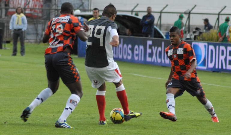 Tucumán Santa Fe camiseta Libertadores: A propósito de Tucumán: Santa Fe y otros equipos que improvisaron sus camisetas