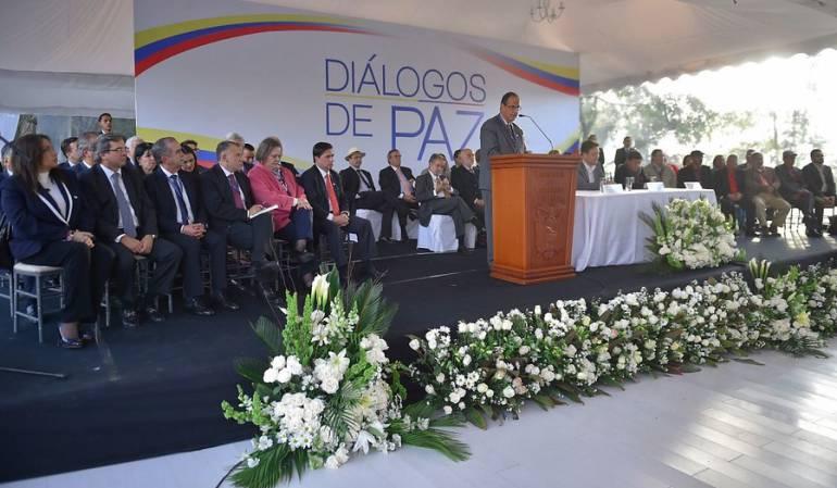 Negociadores diálogos con ELN.: Estos son los negociadores del Gobierno para los diálogos con el ELN