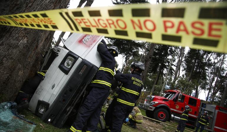 Un muerto en accidente de tránsito de tractocamión en la vía Barbosa-Tunja: Un muerto en accidente de tránsito de tractocamión en la vía Barbosa-Tunja