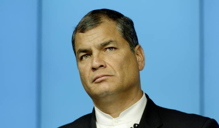 Rafael Correa Odebrecht: Acusan al presidente Rafael Correa de recibir financiación de Odebrecht en campaña de 2006
