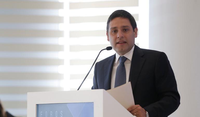 Censura a Pirry en RCN: Lizcano pide que lo investiguen por denuncias sobre supuesto despojo de tierras