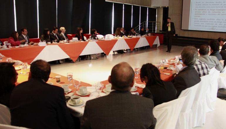 """MOE: """"Reforma sin sanciones a partidos por candidatos corruptos no es reforma"""": MOE"""