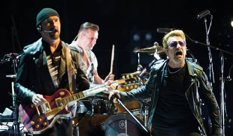 U2 es una banda de rock originaria de Dublín (Irlanda), formada en 1976 por Bono (voz), The Edge (guitarra, teclado y voz), Adam Clayton (bajo), y Larry Mullen Jr. (batería).