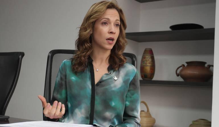 Ministra de Comercio María Claudia Lacouture