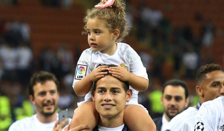 James Rodriguez y su hija Salomé