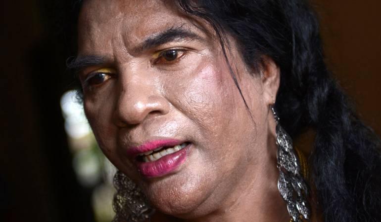 """Protectora de las transexuales: Mama Yuli, la transexual """"con la que nadie se mete"""""""