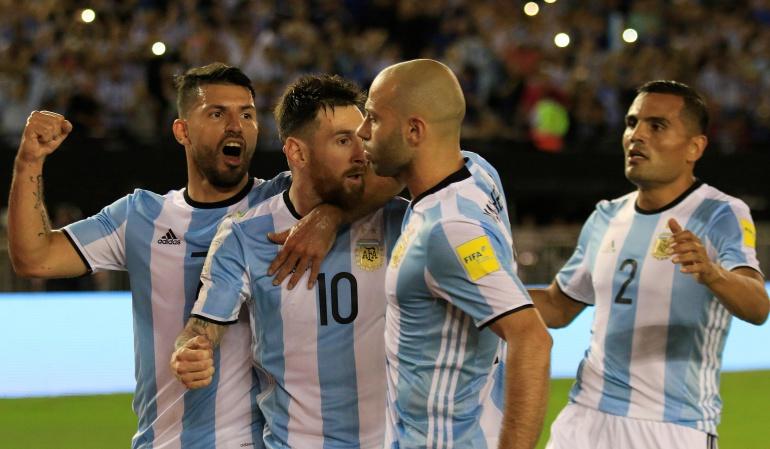 Maradona hablará con presidente de la FIFA — Lionel Messi