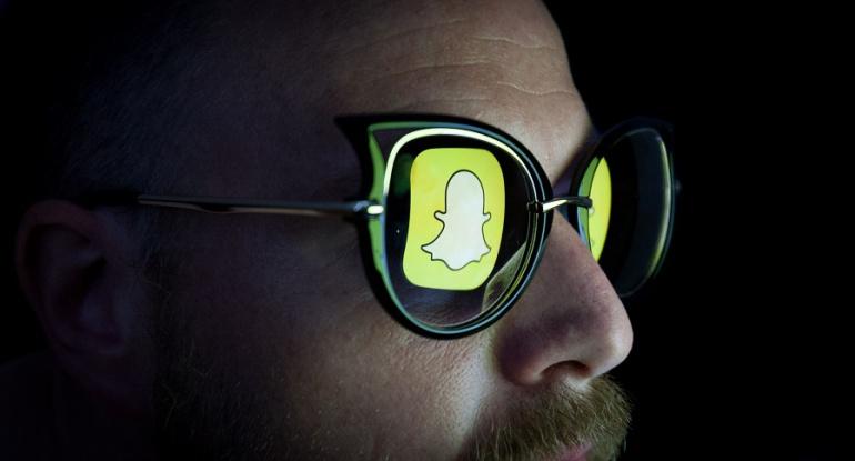 Facebook lanza nueva cámara con efectos interactivos