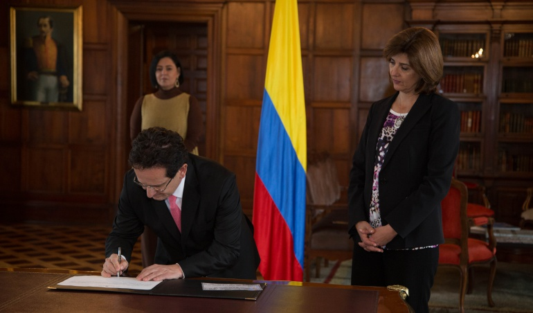 Ricardo Lozano embajador de Colombia en Venezuela.