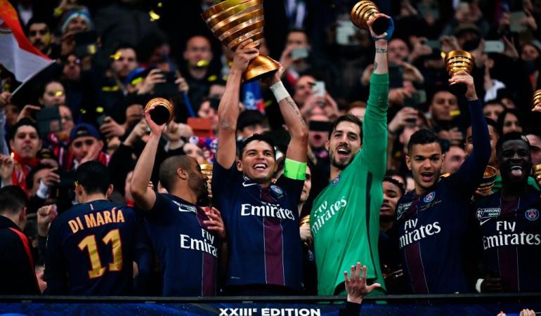 Falcao Mónaco: Sin Falcao, PSG golea al Mónaco y se queda con el título de la Copa de la Liga
