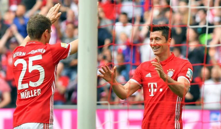 Bayern: Bayern golea con triplete de Lewandowski