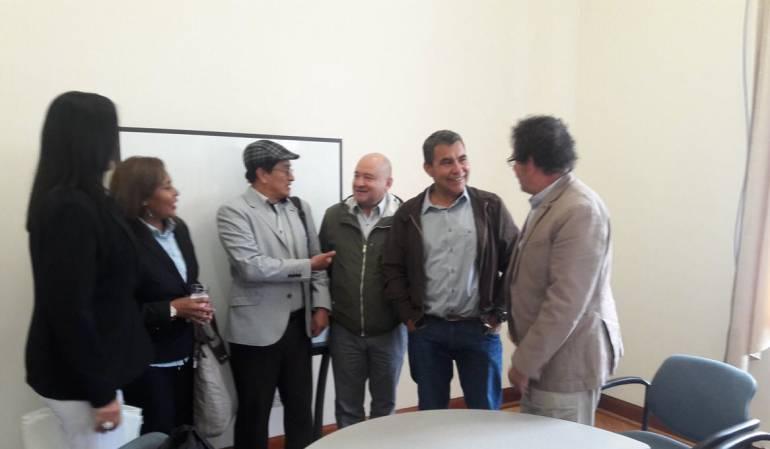 Pastor Alape y Carlos Antonio Lozada se reunirán con los voceros del Gobierno y el Eln.