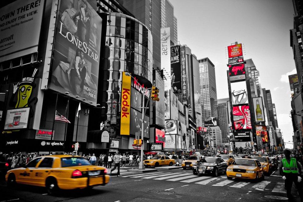 Nueva York, Estado de Nueva York: hay que visitar el edificio Empire State, la Estatua de la Libertad, el Central Park, el Museo de Arte Metropolitano.