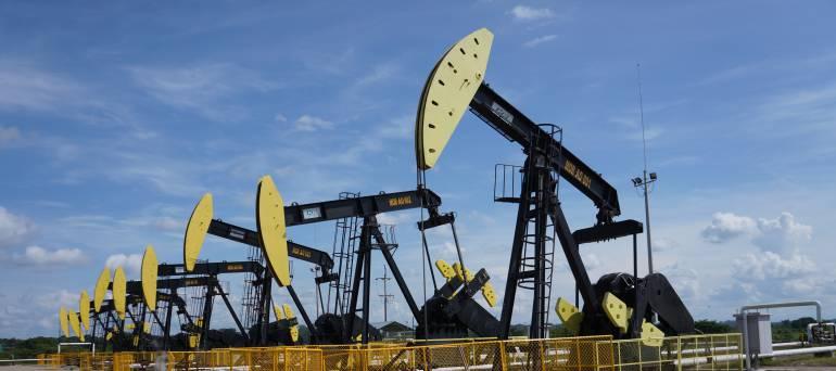Petróleo: Producción de petróleo en marzo sigue a la baja