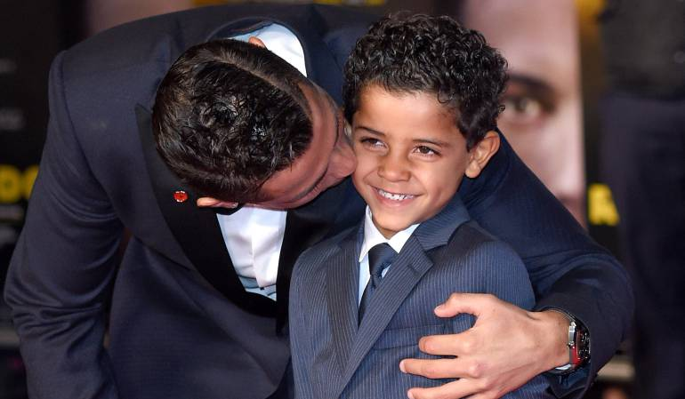 Cristiano Ronaldo y su hijo Cristiano Jr.