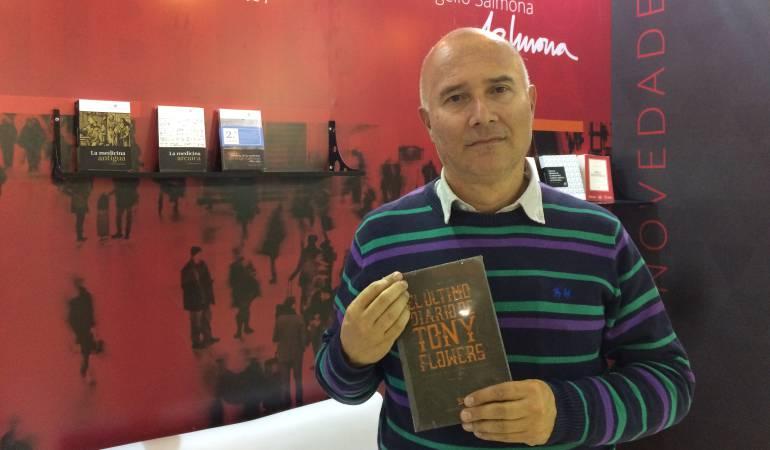 Octavio Escobar, escritor colombiano en la FilBo