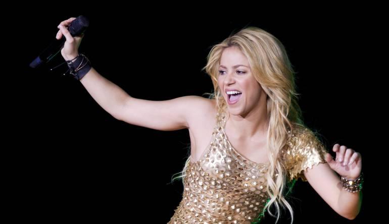 Shakira y Piqué, juntos en el nuevo video de 'Me Enamoré'