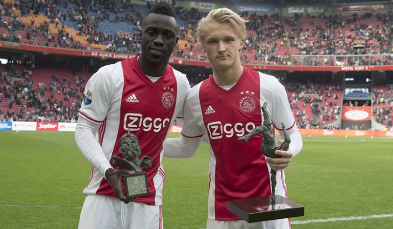 Dávinson Sánchez mejor jugador del Ajax: Ajax elige a Dávinson Sánchez como el mejor jugador del año