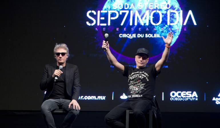 Charly Alberti y Zeta Bosio en una conferencia en México.