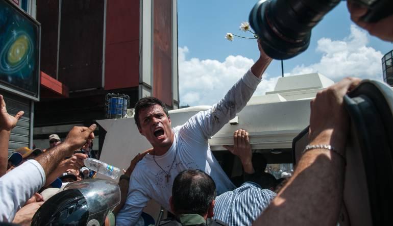 Tras un mes sin poder visitarlo, Tintori logra ver a Leopoldo López