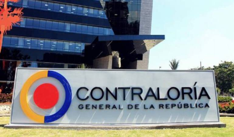Contraloría pide investigar predio de Álvaro Uribe por acumulación de baldíos