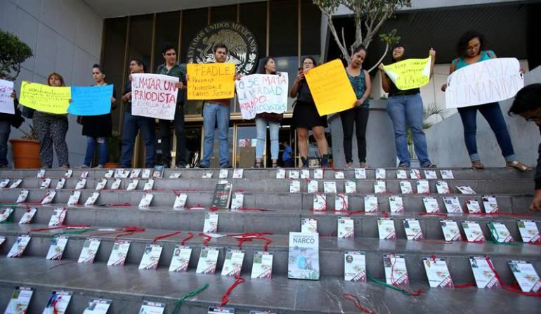 Protestas de periodistas contra los actos de violencia hacia la prensa en México