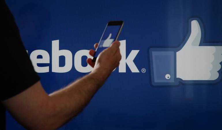 """La red social """"más usada"""" en el mundo recibió una fuerte sanción económica por parte del Gobierno francés."""