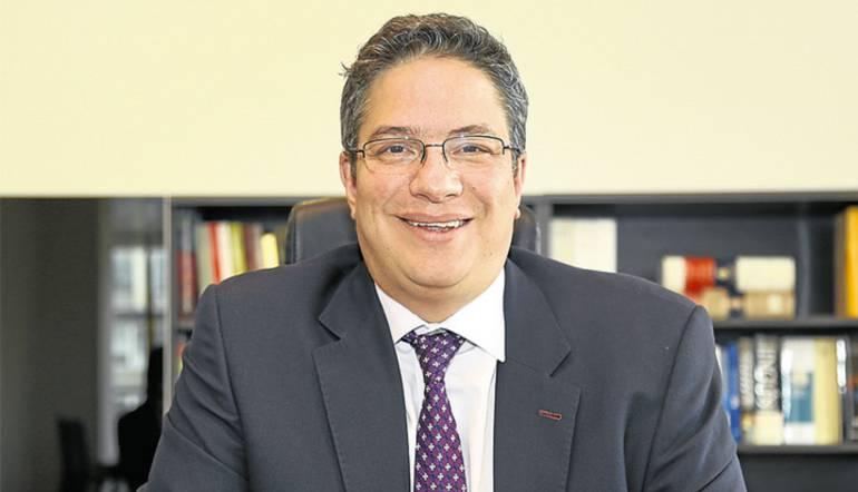 Director de la Dian, Santiago Rojas.