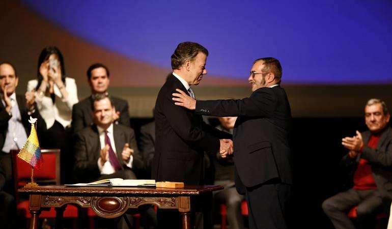 Firma del acuerdo de paz con entre el Gobierno y las Farc