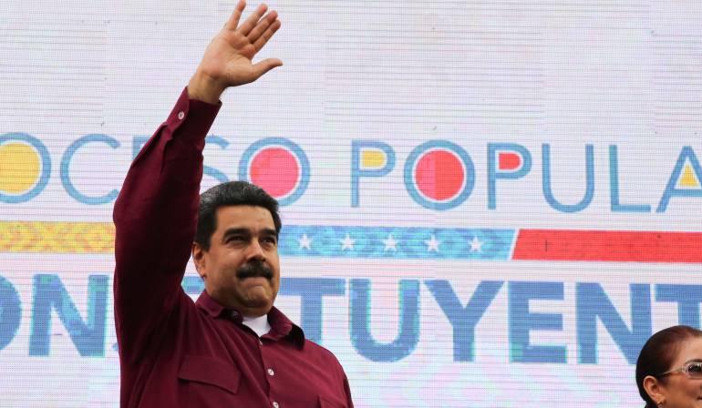 """Maduro pide a Trump no intrometerse en asuntos internos de Venezuela: Maduro: """"saca tus manos de aquí Donald Trump. Go home, Donald Trump"""""""