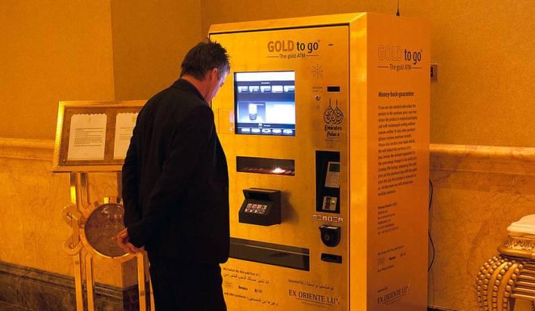 Comprar productos de lujo por una máquina: Las máquinas dispensadoras que venden productos de lujo