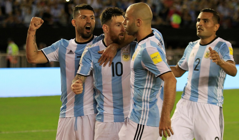 AFA: Aún sin técnico, Selección Argentina convoca 20 jugadores para amistosos