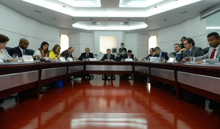 Paro en el pacífico: Santos nombra dos comisiones de alto nivel para superar paros en Buenaventura y Chocó