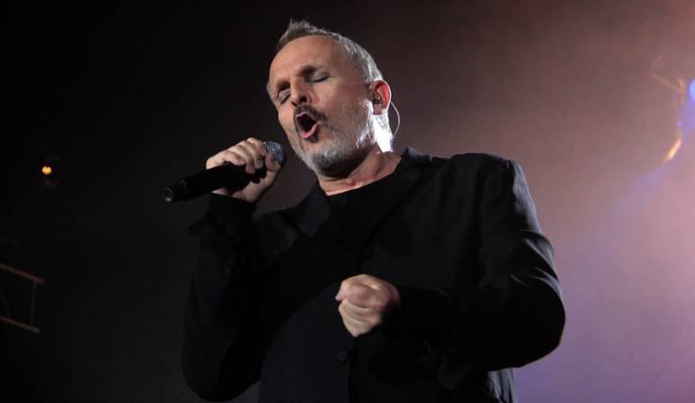 Miguel Bosé en concierto en Bogotá