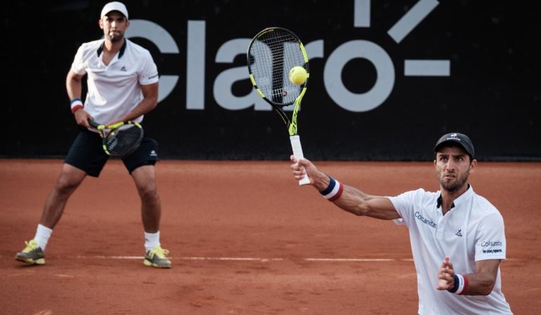 Djokovic pasa a cuartos de final en Roland Garros