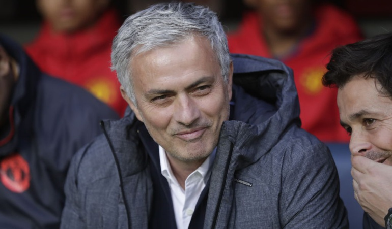 "Mourinho honor Real Madrid: Será ""un honor"" jugar la Supercopa de Europa contra el Real Madrid: Mourinho"