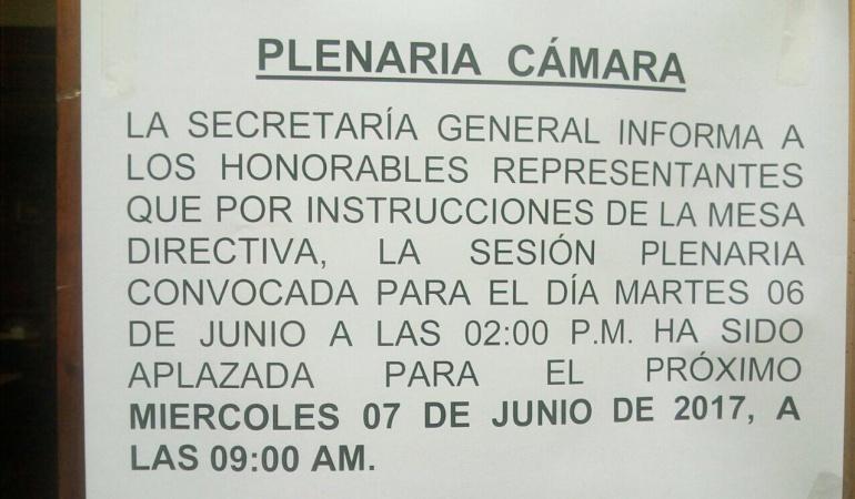 La Cámara no se reunió por la protesta de maestros: La Cámara se 'sumó' al paro de maestros y decidió no sesionar