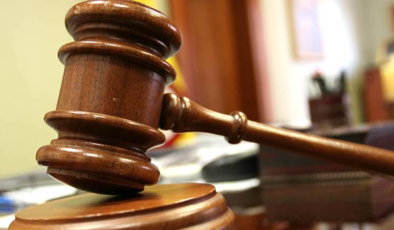 Condenan a 21,7 años de cárcel a exalcalde de Bagadó por abuso ... - Caracol Radio