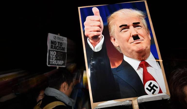 Según la ley de Godwin, en internet llega un momento en la discusión en que surgen comparaciones con Hitler.