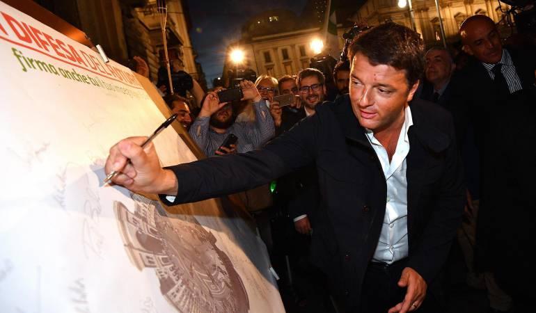 Ex primer ministro italiano Matteo Renzi participa en una manifestación en defensa del Acuerdo Climático de París