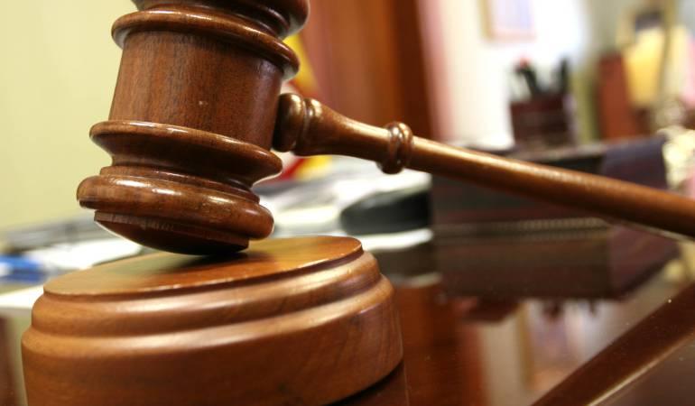 Les imputan cargos a funcionarios de Cemex: A imputación de cargos ex directivos de Cemex
